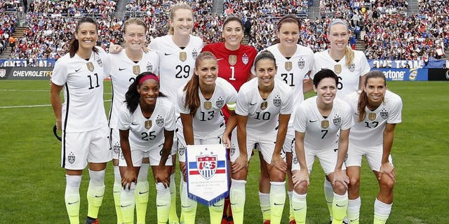SAN DIEGO, CA - JANUARY 23: The starting lineup for the United States Women's National Soccer Team pose for a photo before playing Ireland at Qualcomm Stadium on January 23, 2016 in San Diego, California. (Photo by Todd Warshaw/Getty Images)