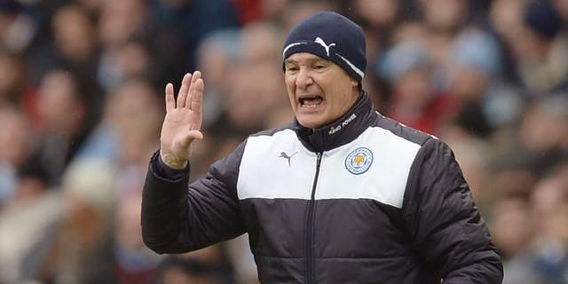 Leicester City's Italian manager Claudio Ranieri shouts instructions to his players from the touchline during the English Premier League football match between Manchester City and Leicester City at the Etihad Stadium in Manchester, north west England, on February 6, 2016. / AFP / OLI SCARFF / RESTRICTED TO EDITORIAL USE. No use with unauthorized audio, video, data, fixture lists, club/league logos or 'live' services. Online in-match use limited to 75 images, no video emulation. No use in betting, games or single club/league/player publications. / (Photo credit should read OLI SCARFF/AFP/Getty Images)