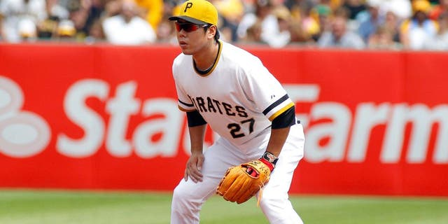 PITTSBURGH, PA - JULY 26: Jung Ho Kang #27 of the Pittsburgh Pirates plays the field during the game against the Washington Nationals at PNC Park on July 26, 2015 in Pittsburgh, Pennsylvania. (Photo by Justin K. Aller/Getty Images)