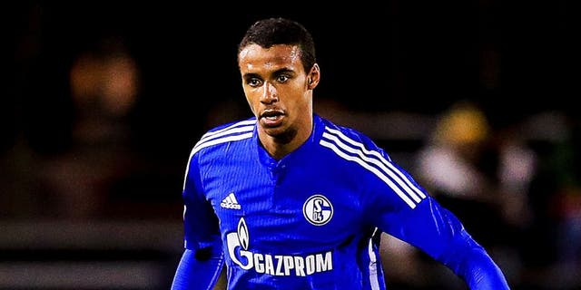 KISSIMMEE, FL - JANUARY 10: Joel Matip #32 of FC Schalke 04 in action during the match against the Fort Lauderdale Strikers at the ESPN Wide World of Sports Complex on January 10, 2016 in Kissimmee, Florida. (Photo by Rob Foldy/Bongarts/Getty Images)