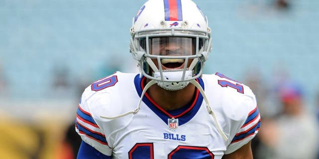 Dec 15, 2013; Jacksonville, FL, USA; Buffalo Bills wide receiver Robert Woods (10) before the game against the Jacksonville Jaguars at EverBank Field. Mandatory Credit: Melina Vastola-USA TODAY Sports