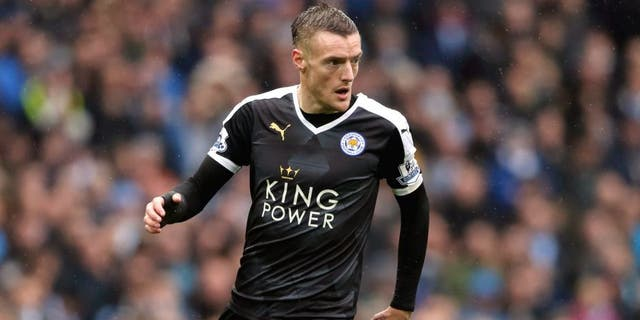 MANCHESTER, ENGLAND - FEBRUARY 06: Jamie Vardy of Leicester City during the Barclays Premier League match between Manchester City and Leicester City at the Etihad Stadium on February 06, 2016 in Manchester, England. (Photo by Matthew Ashton - AMA/Getty Images)