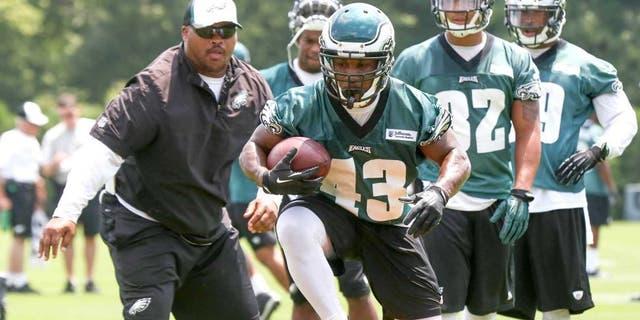 Jun 17, 2014; Philadelphia, PA, USA; Running back Darren Sproles (43) runs drills during mini camp at the Philadelphia Eagles NovaCare Complex. Mandatory Credit: Bill Streicher-USA TODAY Sports