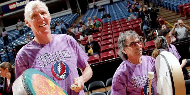 SACRAMENTO, CA - FEBRUARY 09: Bill Walton poses with Grateful Dead drummer Mickey Hart before the Sacramento Kings take on the Dallas Mavericks on February 9, 2011 at ARCO Arena in Sacramento, California. NOTE TO USER: User expressly acknowledges and agrees that, by downloading and/or using this Photograph, user is consenting to the terms and conditions of the Getty Images License Agreement. Mandatory Copyright Notice: Copyright 2011 NBAE (Photo by Rocky Widner/NBAE via Getty Images)