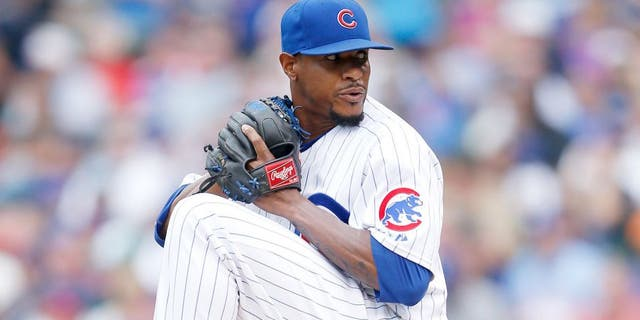 CHICAGO, IL - JUNE 25: Edwin Jackson #36 of the Chicago Cubs pitches during the game against the Los Angeles Dodgers at Wrigley Field on June 25, 2015 in Chicago, Illinois. The Dodgers defeated the Cubs 4-0. (Photo by Joe Robbins/Getty Images)