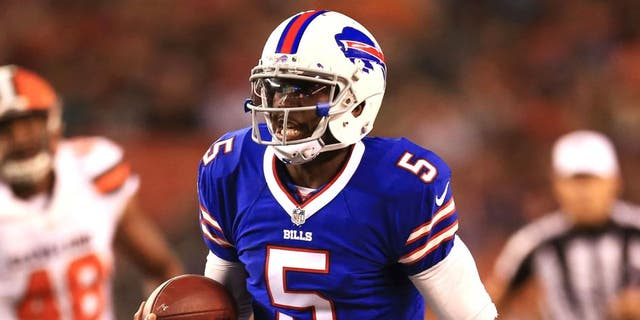 Aug 20, 2015; Cleveland, OH, USA; Buffalo Bills quarterback Tyrod Taylor (5) runs the ball during the second quarter of a preseason game against the Cleveland Browns at FirstEnergy Stadium. Mandatory Credit: Andrew Weber-USA TODAY Sports