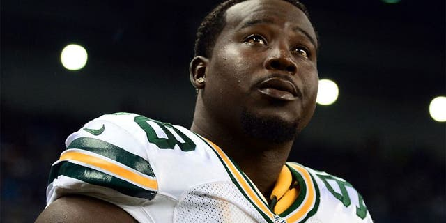 Sep 21, 2014; Detroit, MI, USA; Green Bay Packers nose tackle Letroy Guion (98) against the Detroit Lions at Ford Field. Mandatory Credit: Andrew Weber-USA TODAY Sports