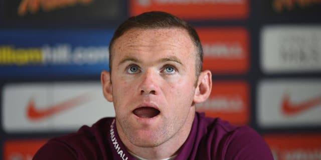 WATFORD, ENGLAND - SEPTEMBER 07: Wayne Rooney of England talks to the media during a Press Conference at the Grove Hotel on September 7, 2015 in Watford, England. (Photo by Shaun Botterill/Getty Images)