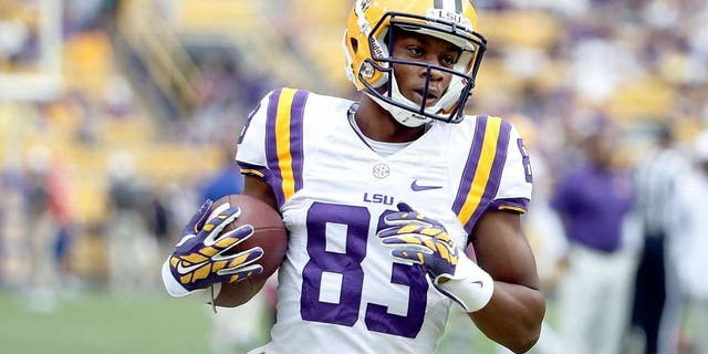 BATON ROUGE, LA - SEPTEMBER 06: Travin Dural #83 of the LSU Tigers participates in warmups prior to a game against the Sam Houston State Bearkats at Tiger Stadium on September 6, 2014 in Baton Rouge, Louisiana. LSU won the game 56-0. (Photo by Stacy Revere/Getty Images) *** Local Caption *** Travin Dural