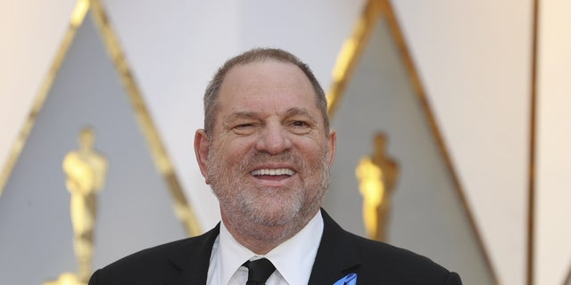 89th Academy Awards - Oscars Red Carpet Arrivals - Hollywood, California, U.S. - 26/02/17 - Harvey Weinstein. REUTERS/Mike Blake - HP1ED2R04FB8P