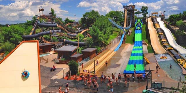 Best Water Parks In The Us | Best in Travel 2018 on parks in western usa, map of parks london, island in usa, national map of usa, greetings in usa, home in usa, map nebraska in usa, map of ok usa,