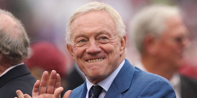 7-Year-Old To Jerry Jones: 'We Suck'