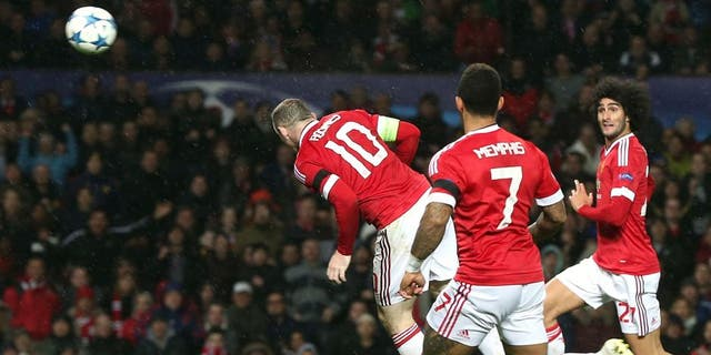 MANCHESTER, ENGLAND - NOVEMBER 03: Wayne Rooney of Manchester United scores their first goal during the UEFA Champions League match between Manchester United and CSKA Moscow at Old Trafford on November 3, 2015 in Manchester, United Kingdom. (Photo by Matthew Peters/Man Utd via Getty Images)