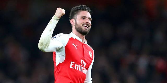LONDON, ENGLAND - DECEMBER 21: Olivier Giroud of Arsenal celebrates after the Barclays Premier League match between Arsenal and Manchester City at the Emirates Stadium on December 21, 2015 in London, England. (Photo by Catherine Ivill - AMA/Getty Images)