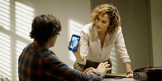 "SHADES OF BLUE -- ""Equal & Opposite"" Episode 105 -- Pictured: Jennifer Lopez as Det. Harlee Santos -- (Photo by: Peter Kramer/NBC)"