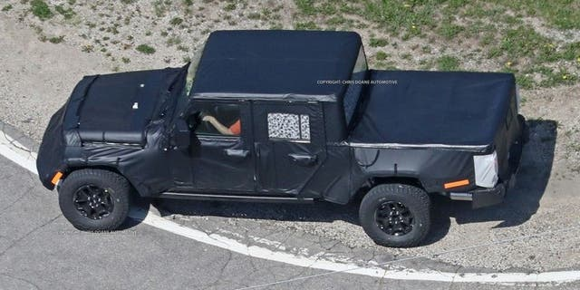Camouflaged prototypes of the 2020truck have been photographed while being tested on public roads.