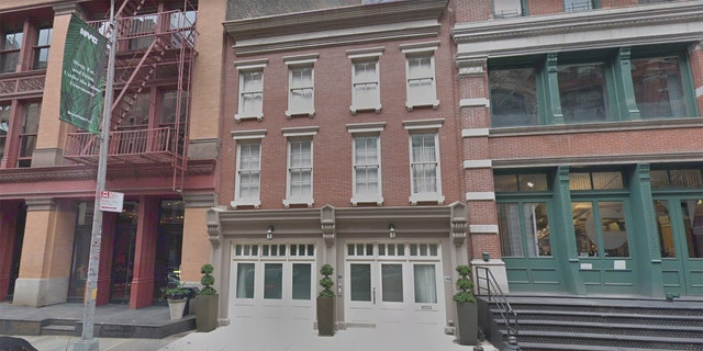 """Swift also purchased a three-story townhouse at 153 Franklin, and neighbors suspect she might connect her two properties to form a """"massive compound."""""""