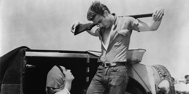 Elizabeth Taylor and James Dean.