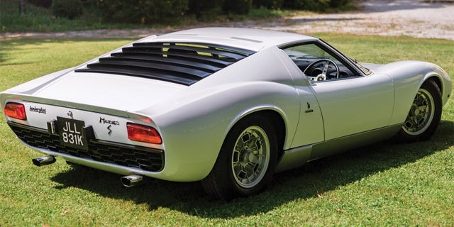 Rod Stewarts Historic 1971 Lamborghini Miura Expected To Sell For A