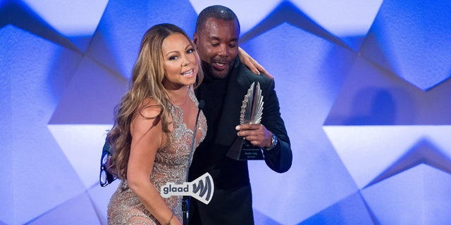 Mariah Carey accepts her award from Lee Daniels at the 27th GLAAD Media Awards on Sat., May 14, 2016.