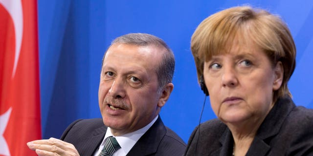 Turkish President Erdogan called on Turks in Germany not to support Chancellor Angela Merkel.