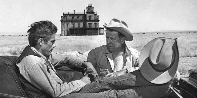 George Stevens (left) with James Dean.