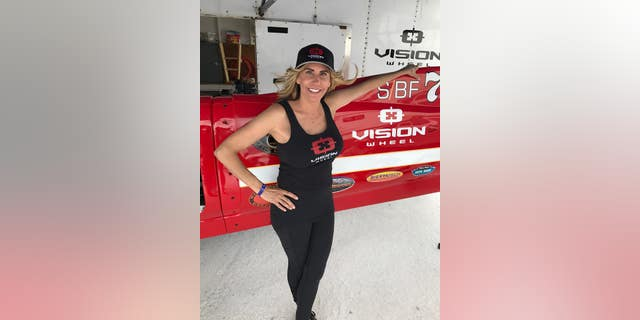 Thompson holds the current female speed record for motorcycles at 304.263 mph.