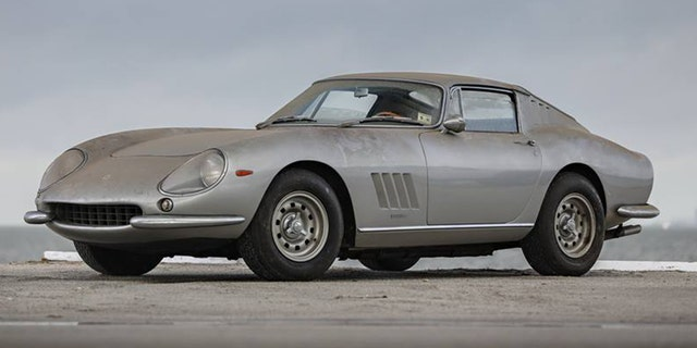 Garage find\u0027 Shelby Cobra and Ferrari parked since 1991 sold