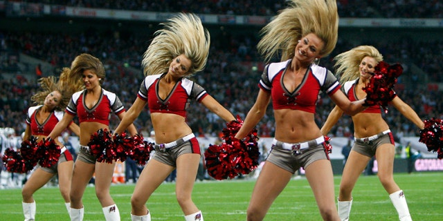 First Super Bowl Without Cheerleaders Has Some S A D Others G L A D Fox News