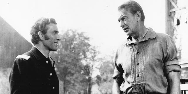 Peter Mark Richman (left) with Gary Cooper.