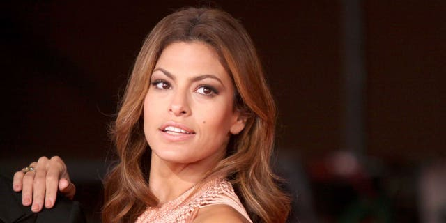 "Eva Mendes attends the ""Little White Lies"" premiere during The 5th International Rome Film Festival"