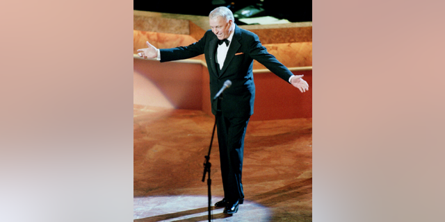 A collection of Frank Sinatra's old personal items have been put on the auction block by a family who worked for the singer.