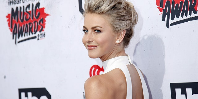 Dancer and singer Julianne Hough formerly denied withdrawal America's Got Talent due to a poisonous workplace culture.