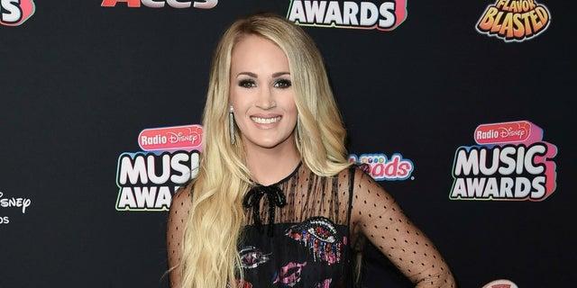 """Carrie Underwood won Season 4 of """"American Idol."""""""