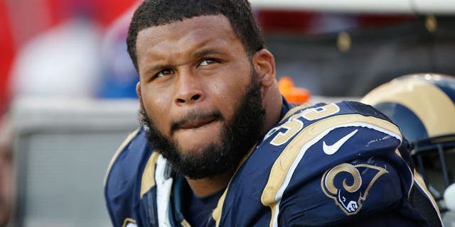 Sep 25, 2016; Tampa, FL, USA; Los Angeles Rams defensive tackle Aaron Donald (99) against the Tampa Bay Buccaneers during the second half at Raymond James Stadium. Mandatory Credit: Kim Klement-USA TODAY Sports