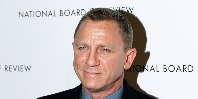 British actor Daniel Craig arrives to attend the National Board of Review awards gala in New York January 8, 2013.