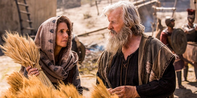 """Actress Lindsay Wagner filming a scene with Rutger Hauer for the biblical drama """"Samson."""""""