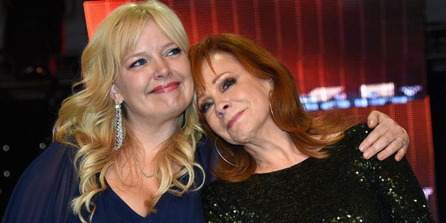"""Actress and comedian Melissa Peterman and Reba McEntire have formed a bond unrivaled by many. Peterman called McEntire's personality """"infectious."""""""