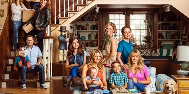 Loughlin and the cast of 'Fuller House' on the famous set of the series.