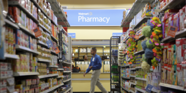 A woman has accused an Oklahoma City Walmart pharmacy of mixing different prescriptions into one pill bottle.