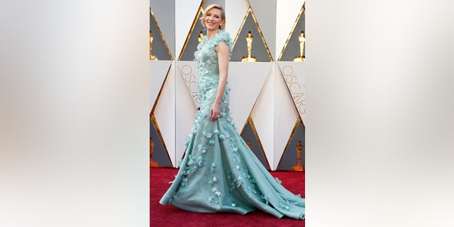 """Cate Blanchett, nominated for Best Actress for her role in """"Carol,"""" arrives at the 88th Academy Awards in Hollywood, California February 28, 2016."""