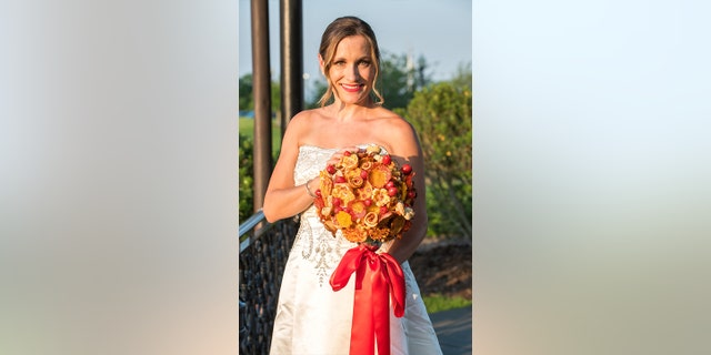 "Not just any ordinary edible arrangement, the blooms will feature  ""freshly prepared pizza dough, 100% whole milk mozzarella, fresh California tomatoes and zesty pepperoni."""