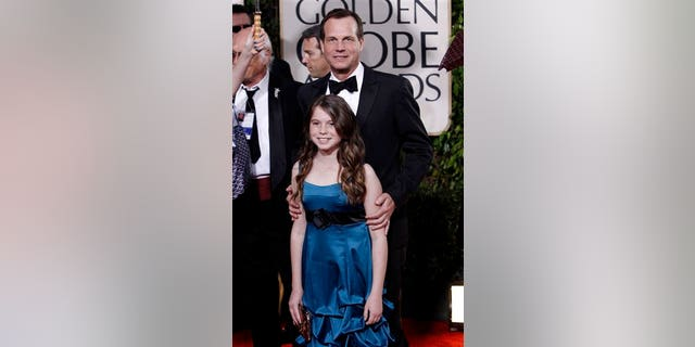 Paxton with his daughter at the 2010 Golden Globe Awards.
