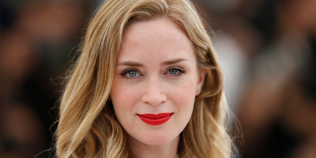 """Cast member Emily Blunt poses during a photocall for the film """"Sicario"""" in competition at the 68th Cannes Film Festival in Cannes, southern France, May 19, 2015.         REUTERS/Benoit Tessier - RTX1DLSX"""