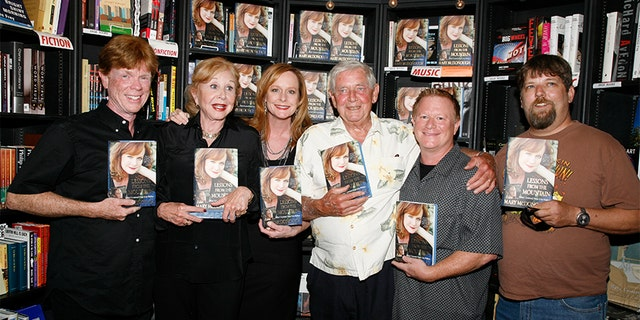 """Mary McDonough with her """"Waltons"""" family."""