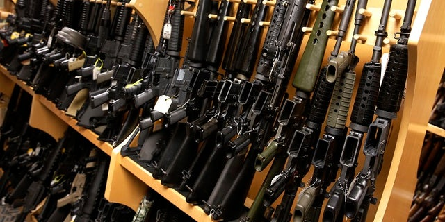 Boulder's City Council passed a sweeping anti-gun bill Tuesday, even as it faces almost-certain legal challenges on a variety of constitutional grounds.