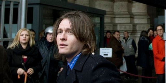 Amanda Knox's Italian ex-boyfriend Raffaele Sollecito arrives at Italy's highest court building, in Rome, Wednesday, March 25, 2015. American Amanda Knox and her Italian ex-boyfriend expect to learn their fate Wednesday when Italy's highest court hears their appeal of their guilty verdicts in the brutal 2007 murder of Knox's British roommate. Several outcomes are possible, including confirmation of the verdicts, a new appeals round, or even a ruling that amounts to an acquittal in the sensational case that has captivated audiences on both sides of the Atlantic. (AP Photo/Alessandra Tarantino)