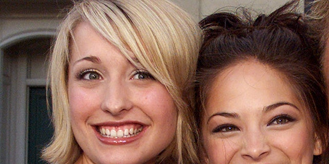 Allison Mack with co-star Kristen Kreuk, who was also reportedly involved in the sex cult with Mack.