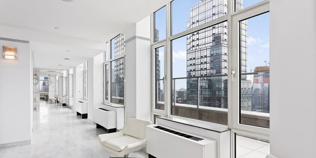 There is another sticking point: That $85 million does not buy you an actual turnkey apartment. Instead, you get a bunch of smaller pads.