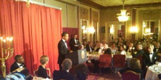 President Obama delivers remarks at the Nobel Banquet (photo courtesy of Travel Pool)